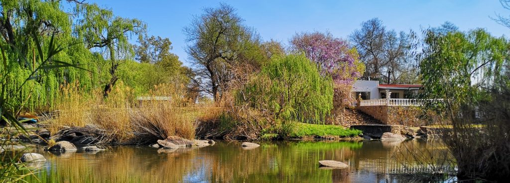 Otters Den guest house overlooks the Vaal River